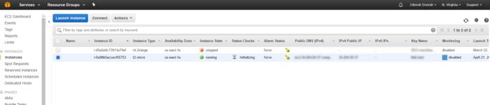 Přehled instancí v EC2 konzoli na AWS.